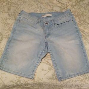 Levi's above the knee light wash denim shorts